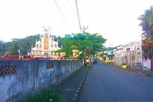 Jl. Raya Manado Tomohon, Talete Satu, Tomohon Tengah, Kota Tomohon, Sulawesi Utara, Indonesia