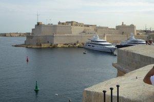 Xatt Juan B. Azopardo, L-Isla, Malta