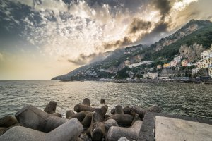 Photo taken at Via Lungomare dei Cavalieri, 46, 84011 Amalfi SA, Italy with SONY ILCE-7