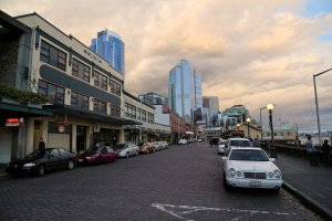 Photo taken at 1500-1998 Western Avenue, Seattle, WA 98121, USA with Canon EOS 6D