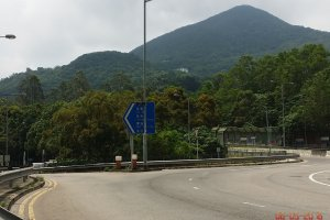 Photo taken at Hiram's Hwy, Sai Kung, Hong Kong with Samsung SM-N9005