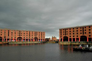 Photo taken at Salthouse Quay, Liverpool, Merseyside L3, UK with NIKON COOLPIX P7000