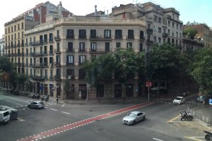 Photo taken at Carrer Conca de Barberả, 48, 08820 El Prat de Llobregat, Barcelona, Spain with Apple iPhone 6