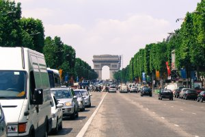 Photo taken at 109 Avenue des Champs-Élysées, 75008 Paris, France with Canon PowerShot A70