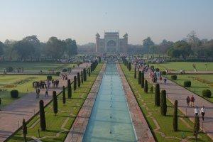 Dharmapuri, Forest Colony, Tajganj, Agra, Uttar Pradesh 282001, India