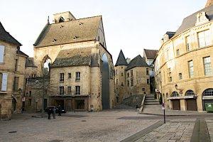 19 Rue Tourny, 24200 Sarlat-la-Canéda, France