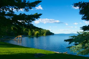 380 Flathead Lodge Road, Bigfork, MT 59911, USA
