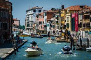 Riva degli Schiavoni, 30124 Venezia, Italy