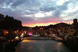 Ponte Palatino, 86, 00186 Roma, Italy