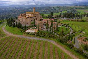 Castello di Poggio alle Mura, Strada Provinciale La Maremmana, Belriguardo, Montalcino, SI, Tuscany, Italy