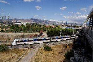 Hilal Mahallesi, Hilal Metro İstasyonu, 35170 Buca Osb/Konak/İzmir, Turkey