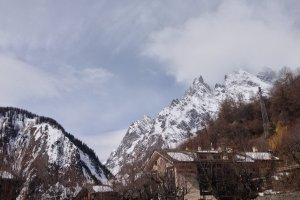 Photo taken at Piazzale Funivia, 5, 11013 Courmayeur AO, Italy with Apple iPhone 5