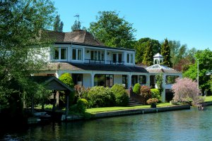 2 Mill Lane, Henley-on-Thames, Oxfordshire RG9 4HD, UK