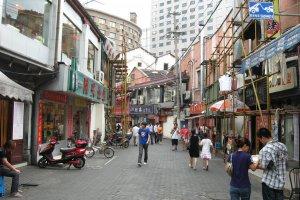 270号-382 Tai Xing Lu, Jingan Qu, Shanghai Shi, China, 200000