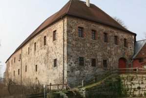 Schlosshof 1, 92709 Moosbach, Germany