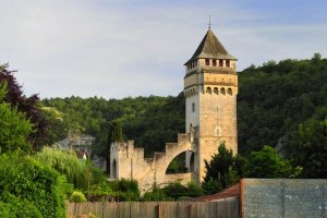 5384F Rue du Perie, 46000 Cahors, France
