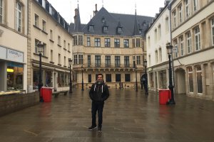 Photo taken at 1 Rue de la Reine, 2418 Luxembourg, Luxembourg with Apple iPhone 6