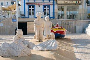 Largo 25 de Abril, 8200-014 Albufeira, Portugal