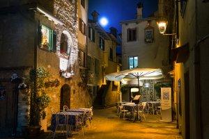 Piazza Duca D'Aosta, 57, 34073 Grado GO, Italy