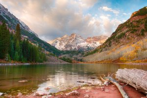 Photo taken at Maroon-Snowmass Trail, Aspen, CO 81611, USA with Canon EOS 5D Mark III