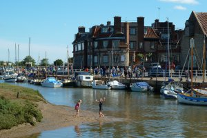 Norfolk Coast Path, Blakeney, Holt, Norfolk NR25 7NF, UK