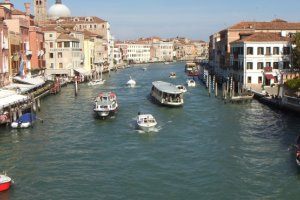 Photo taken at Ponte degli Scalzi, 3, 30100 Venezia, Italy with FUJIFILM FinePix REAL 3D W3