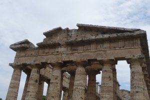 Photo taken at Via Magna Grecia, 578, 84047 Paestum SA, Italy with SONY DSC-HX50V