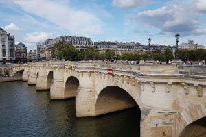 Les Vedettes du Pont Neuf, Quai des Orfèvres, St-Germain-l'Auxerrois, 1st Arrondissement, Paris, Ile-de-France, Metropolitan France, 75001, France