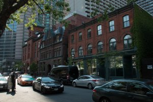 4 Elm Street, Toronto, ON M5G 1G7, Canada