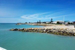 1 Beach Rd, Beachport SA 5280, Australia