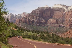 Photo taken at Zion National Park, Zion Park Boulevard, Hurricane, UT 84737, USA with SONY SLT-A77V