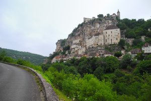 Photo taken at D32, 46500 Rocamadour, France with NIKON COOLPIX P7000