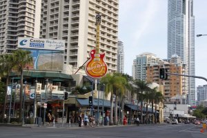 Photo taken at 3198-3242 Surfers Paradise Blvd, Surfers Paradise QLD 4217, Australia with Canon EOS 500D