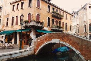 Calle Larga Giacinto Gallina, 5402, 30121 Venezia, Italy