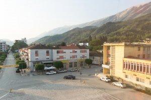 Shëtitorja Mentor Xhemali, Përmet, Albania