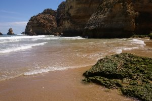 Photo taken at Alameda Dr. Armando Soares Ribeiro, 8600-315 Lagos, Portugal with Sony C6903
