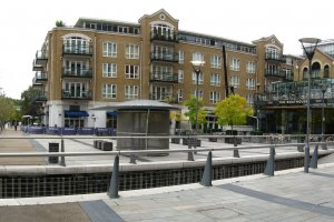 Photo taken at 1 Putney High Street, London SW15 1SZ, UK with Canon PowerShot A570 IS