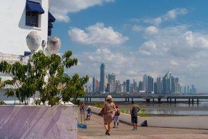 Calle 1a Oeste, Panamá, Panama