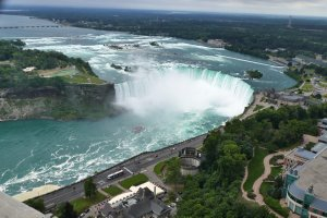 5200 Robinson St, Niagara Falls, ON L2G, Canada