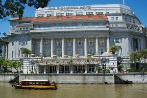 1 Empress Place, Singapore 179555