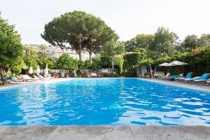 Corso Marion Crawford, 76, 80065 Sant'Agnello NA, Italy
