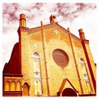 Piazza Gioacchino Rossini, 20, 40126 Bologna, Italy