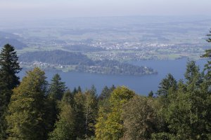 Photo taken at Lienisberg 8, 6318 Walchwil, Switzerland with Canon EOS 1100D