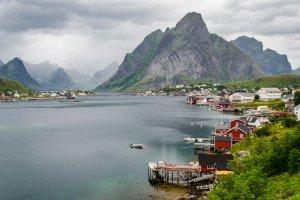 E10 2350, 8390 Reine, Norway