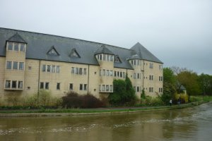 44 Friars Wharf, Oxford, Oxfordshire OX1 1RU, UK