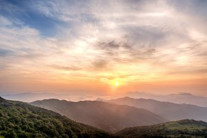 Photo taken at Maclehose Trail Sec. 8, Tai Mo Shan, Hong Kong with NIKON D4